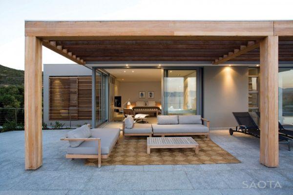 Lovely patio space to enjoy gentle sea breeze