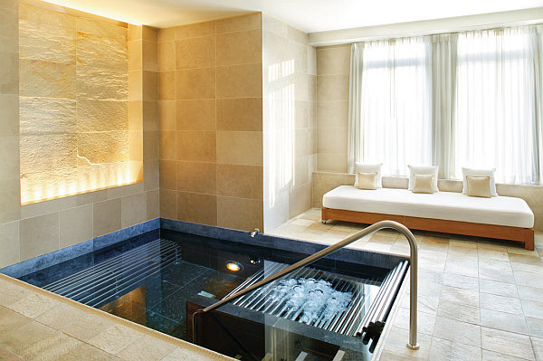 Luxury Home Spa] Creating An Indoor Luxury Spa Room At Home ...