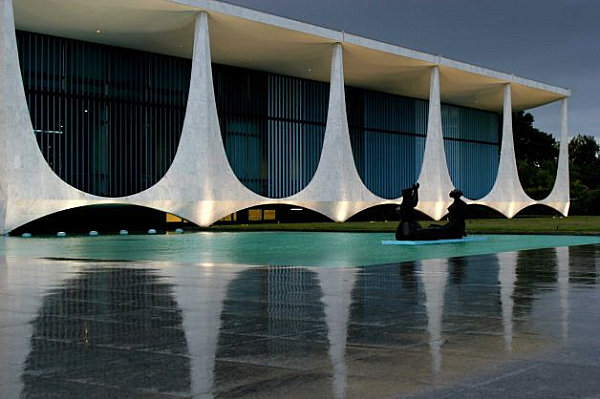 Palace of the Dawn by Oscar Niemeyer