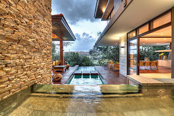 SGNW-House-lap-pool-and-luxurious-interior-design
