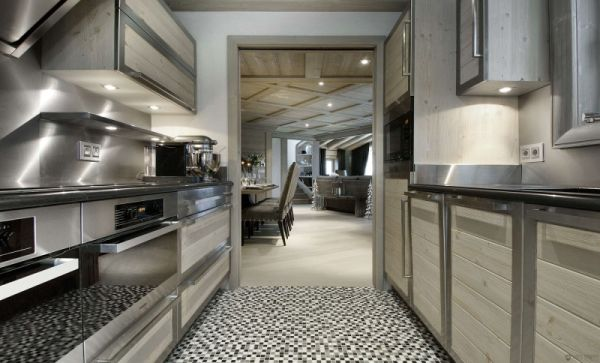 Sleek modern kitchen at the Chalet to serve your cullinary needs