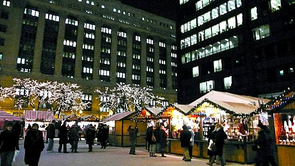 The-Daley-Plaza-Christkindlmarket