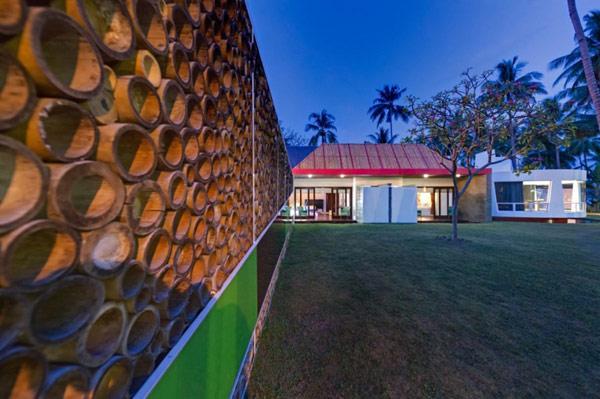 The-use-of-bamboo-to-create-harmonious-design