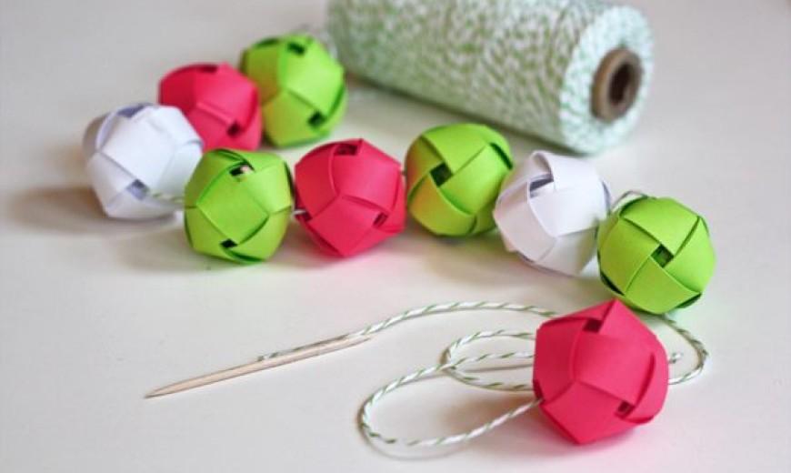 Christmas Ball Garlands.12 Diy Christmas Garlands That Celebrate Holiday Cheer