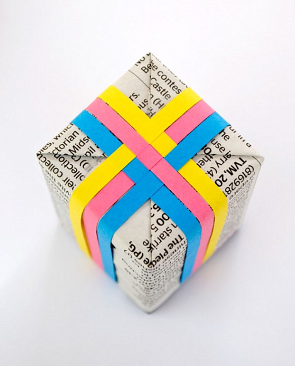 Woven paper gift decoration