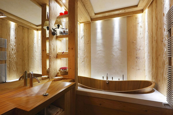 all wood bathroom decor