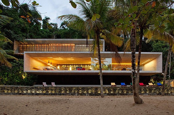 beach house villa