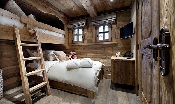 bunk-beds-in-chalet-bedroom