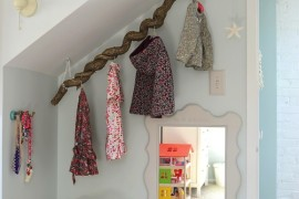 Saving Space In Your Foyer With a Creative Coat Rack