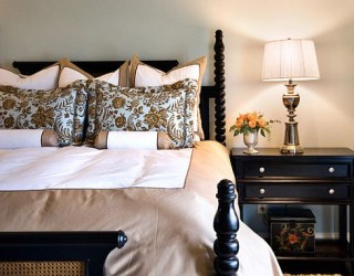 Gorgeous Bed Linens to Pamper Yourself in the Bedroom