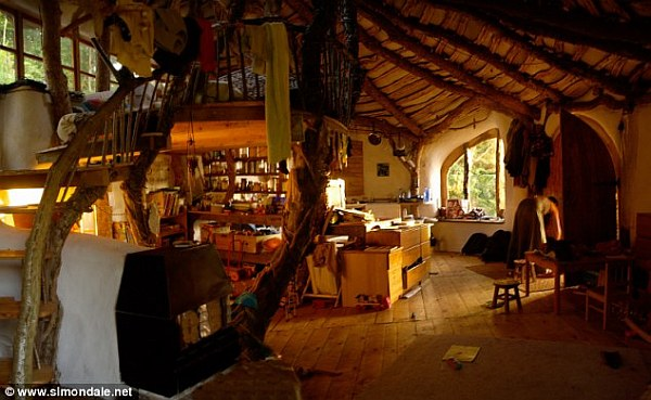 hobbit family house