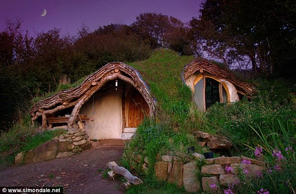 hobbit house DIY Project: Building Your Own Hobbit House With £3,000