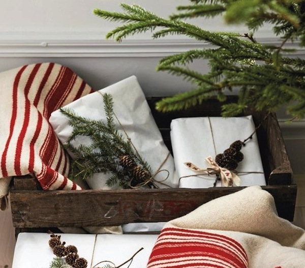 View in gallery natural Christmas wrapping giftts Decorate your gifts with natural wrapping ideas & Bringing Neutral Colors Into Your Christmas Home Decor