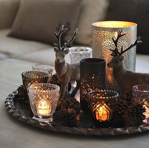 Bringing neutral colors into your christmas home decor for Christmas home decorations pictures