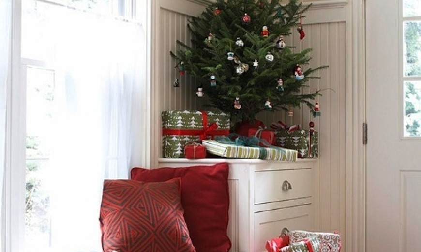 Creative Ideas for Space-Saving Christmas Trees for your Home