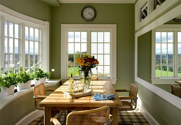 traditional dining table with Cesca Chairs