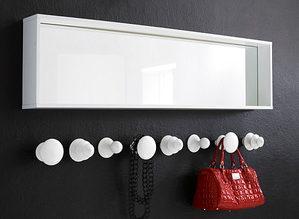 Chess wall hooks