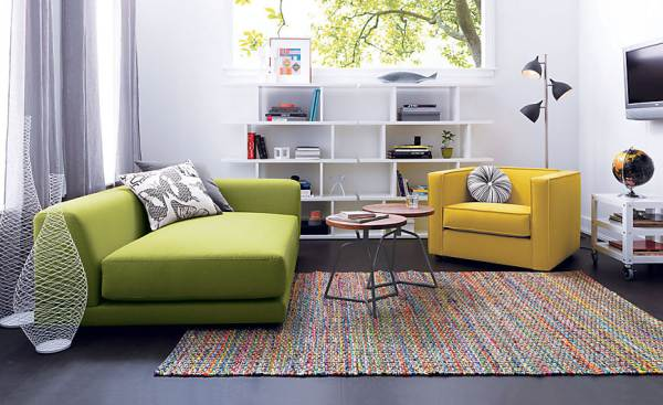 Compact sofa in lime