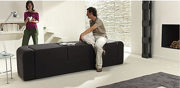Convertible sofa with easy packup