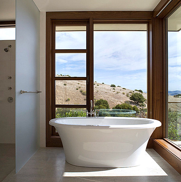 Corner window bathtub