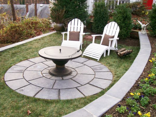 A uniquely fashioned DIY fire pit