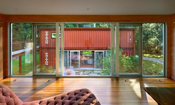 Daft use of glass allows for natural ventilation