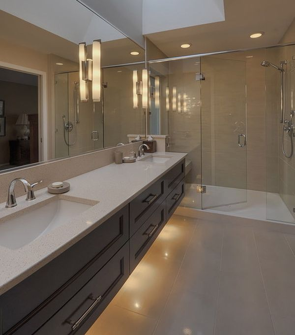 View in gallery Extensive bathroom vanity design with a modern look & 22 Bathroom Vanity Lighting Ideas to Brighten Up Your Mornings azcodes.com