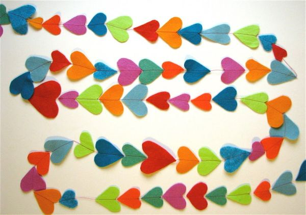Flowing heart garland in different colors DIY Valentine's Day Heart Shaped Crafts That Say I Love You
