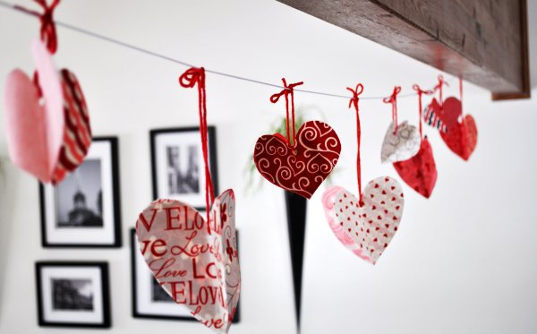 Heart Garland with varied patterns
