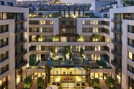 Mandarin Oriental Paris Promises to Bath You in Luxury and Style