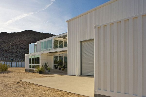 Mojave Desert Shipping Container House- Exterior that keep away the heat