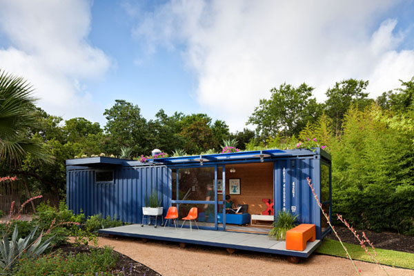 Shipping Container Guest House by Poteet Architects 25 Shipping Container Homes & Structures Designed With an Urban Touch
