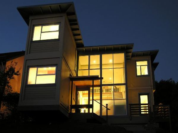 Shipping container home in California that does not look like one