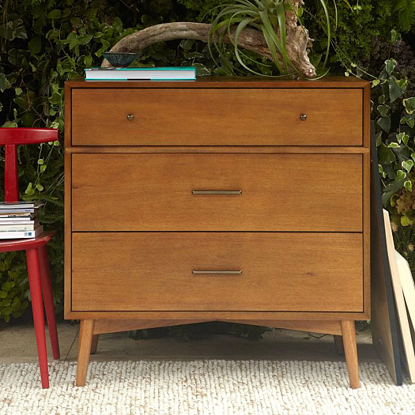Small Mid-Century-style dresser