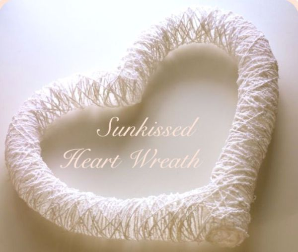 Sun-kissed heart wreath looks like a lost piece of heaven