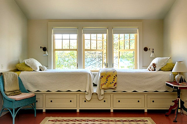 Twin beds in a bedroom