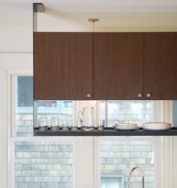 Creative ways to use hanging storage in your kitchen for Hanging cabinet design for kitchen