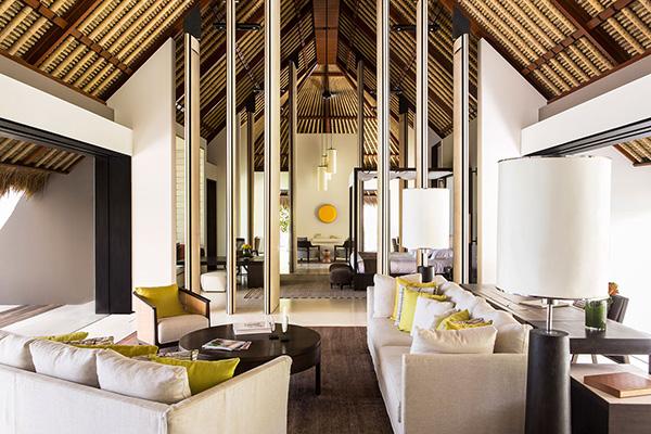 luxury room maldives