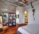 Natural colors for an industrial loft bedroom design