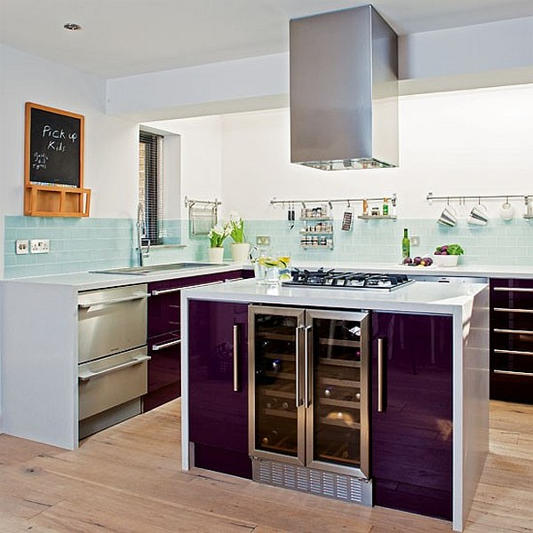 Glossy kitchen island cabinets Beautiful purple walls in the kitchen