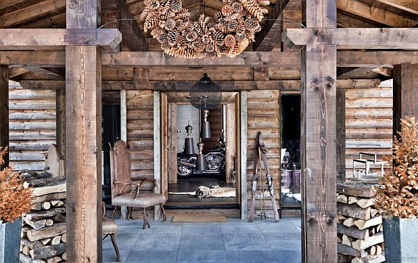 rusitc french alps chalet Rustic One Oak Chalet in the French Alps Charms With Its Touch of Modernity