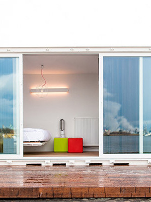 shipping container hotel accommodation