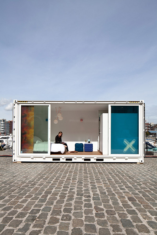 shipping container living1 Sleeping Around Shipping Container Hotel: Always on the Move!
