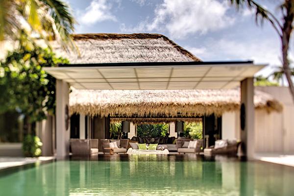 sophisticated living maldives