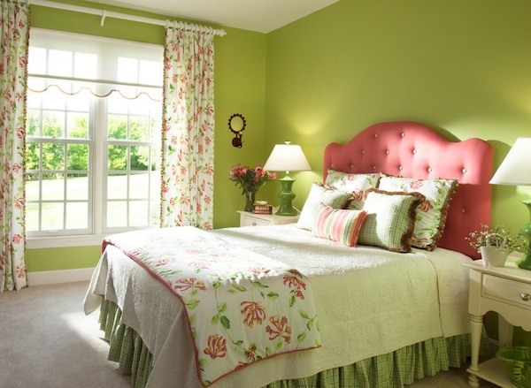 springtime color bedroom green
