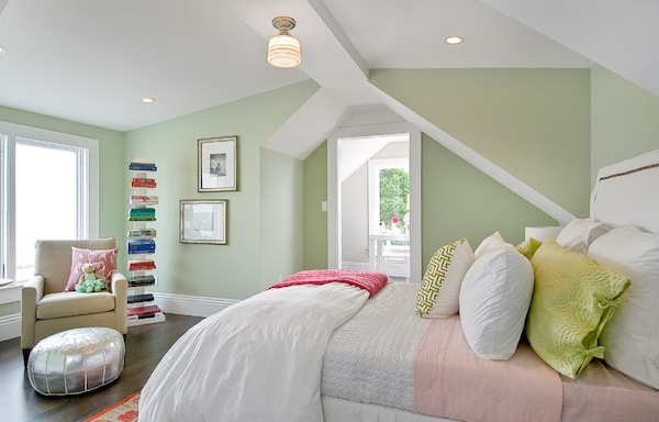 springtime color bedroom