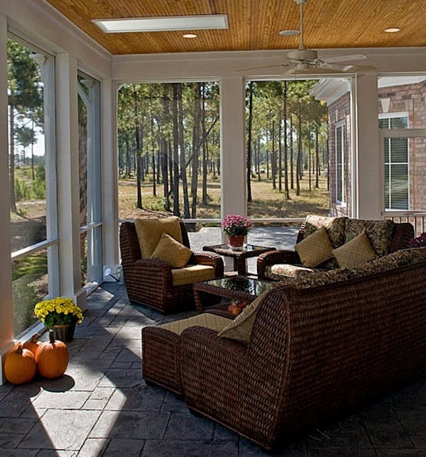 Choosing sunroom furniture to match your design style for Casual chairs for sunroom