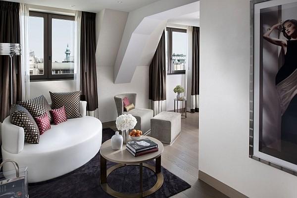 superb hotel room paris
