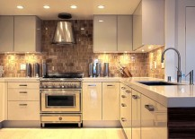 Under Cabinet Lighting Adds Style And Function To Your Kitchen Part 35