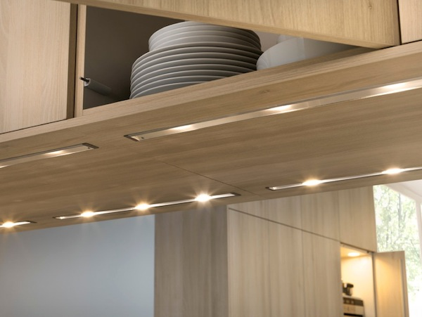 Under cabinet lighting adds style and function to your kitchen for Eclairage meuble de cuisine